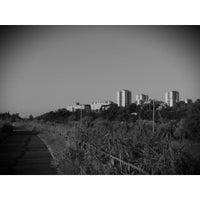 Foto scattata a Pista Ciclabile Ponte Milvio - Castel Giubileo da RegazzinoFromhell il 8/9/2014