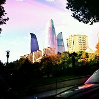 Снимок сделан в Nazirlər Parkı пользователем Xayka M. 12/6/2012