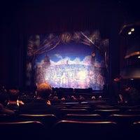 Photo prise au Hobby Center for the Performing Arts par Lesley G. le12/23/2012