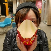 Photo taken at マクドナルド 外環勧修寺店 by ゆっくりみやび エ. on 11/7/2017