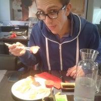 Foto scattata a Ichiban sushi wok da Ilaria Z. il 11/16/2013