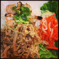 Photo taken at Pho Cow Cali Express by Duyen F. on 6/20/2013