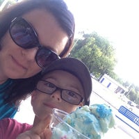 Photo taken at Handel's Ice Cream by Cory R. on 8/7/2014
