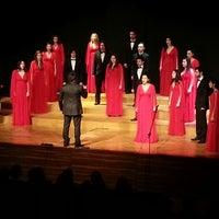 3/11/2013にCansu K.がİstanbul Üniversitesi Kongre Kültür Merkeziで撮った写真