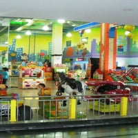 Foto tomada en Happy City Mega Mall  por Parque Happy City el 12/13/2012