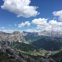 Photo taken at Rif. Franco Cavazza al Pisciadù / Pisciadùhütte by Bedřich S. on 7/6/2017