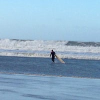 Photo taken at Woolacombe Beach by Pasha U. on 12/31/2013