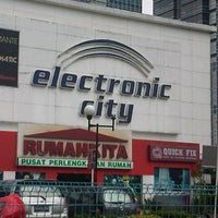 Photo taken at Electronic City by Chandra H. on 12/6/2012