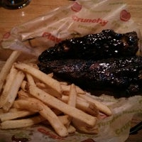 Photo taken at Applebee's Grill + Bar by Lourdes on 9/9/2013