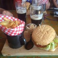 Foto tomada en Flaherty's Irish Bar Ibiza por Timofey T. el 9/18/2014