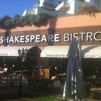 Photo taken at Shakespeare Coffee & Bistro by Niusha LV on 7/28/2013