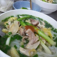 Photo taken at Phở Lâm Nam ngư by Rainie M on 2/28/2013