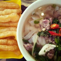 Photo taken at Phở KCC by Rainie M on 12/21/2013