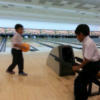 Photo taken at 88 Hokki Bowling Center by Ayi Mitha S. on 8/24/2017