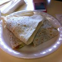 Foto tirada no(a) JV's Mexican Food por John K. em 1/1/2013