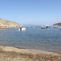 Photo taken at Denizin Kiyisi by Beyazıt E. on 8/21/2014