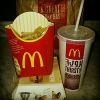 Photo taken at McDonald's by Paires R. on 11/30/2012