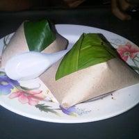 Photo taken at Selera Kampung by Hasli H. on 12/4/2012