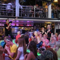 Photo taken at Ellen's Stardust Diner by Ellen's Stardust Diner on 9/13/2013