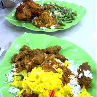 Photo taken at Restoran Kapitan Penang by MarishSha on 1/30/2013