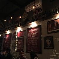 Foto tirada no(a) Titus Bar por Kanji I. em 7/8/2016