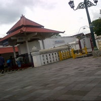 Photo taken at Masjid Gedhe Kauman by Sujarwo Rahmad M. on 12/31/2012