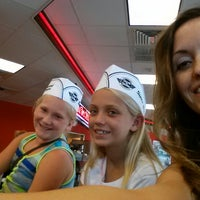 Photo taken at Steak 'n Shake by Kellie B. on 8/3/2013