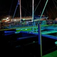 Photo prise au Dockside at Tiami par Rian G. le12/2/2012