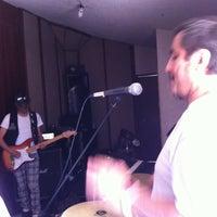 5/12/2015 tarihinde Einnar D.ziyaretçi tarafından Salas De Ensayo'de çekilen fotoğraf