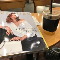Photo taken at A TWOSOME PLACE by TK on 8/24/2017