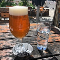 Photo taken at Stone Brewing Tap Room by palisadesberlin on 5/1/2018