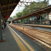 Photo taken at Stasiun Cawang by Ofings . on 9/18/2017
