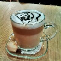 4/11/2013 tarihinde M. D.ziyaretçi tarafından Shakespeare Coffee & Bistro'de çekilen fotoğraf