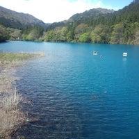 Photo taken at 四万湖 by Naoya on 5/1/2013