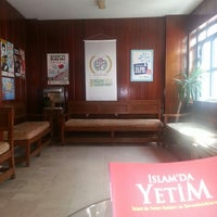 Photo taken at İnsani Yardım Vakfı (İHH) by Hilal T. on 9/16/2014