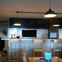 12/20/2012 tarihinde Gunes S.ziyaretçi tarafından Route Burger House'de çekilen fotoğraf