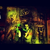 Foto tomada en New Vaquero por Alejandro R. el 5/27/2012