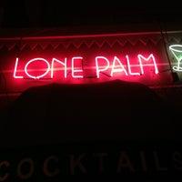 Foto tirada no(a) Lone Palm por timoni w. em 5/6/2013