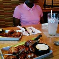 Photo taken at Applebee's by Ŧεℓιcια C. on 4/6/2015
