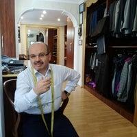 Photo taken at Terzi Davut Demirbaş (Ünlülerin Terzisi) by Nevzat B. on 10/9/2013