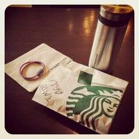 Photo taken at Starbucks by Abdullah N. on 10/21/2013