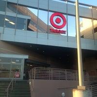 Снимок сделан в Target пользователем Julie L. 12/3/2012
