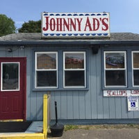 Photo taken at Johnny Ad's Drive-In by Charles W. on 7/30/2015