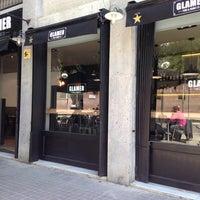 Das Foto wurde bei GLAMER Food & Drinks co. von Jordi S. am 4/14/2014 aufgenommen