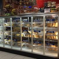 Photo taken at JP's Bagel Express / Sunrise Bagels Cafe by Hazzel D. on 12/6/2012