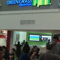 Photo taken at Green Grass by Bruno S. on 1/6/2013