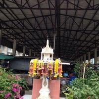 Photo taken at กาดเอื้องคำ by DTERN s. on 8/16/2014