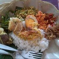 Photo taken at Bongkot Nasi Campur Khas Bali by Jovana L. on 1/16/2013