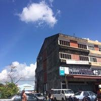 Photo taken at Pasar Karat Batu Pahat by JannahtulHusna . on 10/15/2017