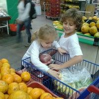 Photo taken at Supermercado Guanabara (Hiper) by Carlinhos M. on 10/21/2013